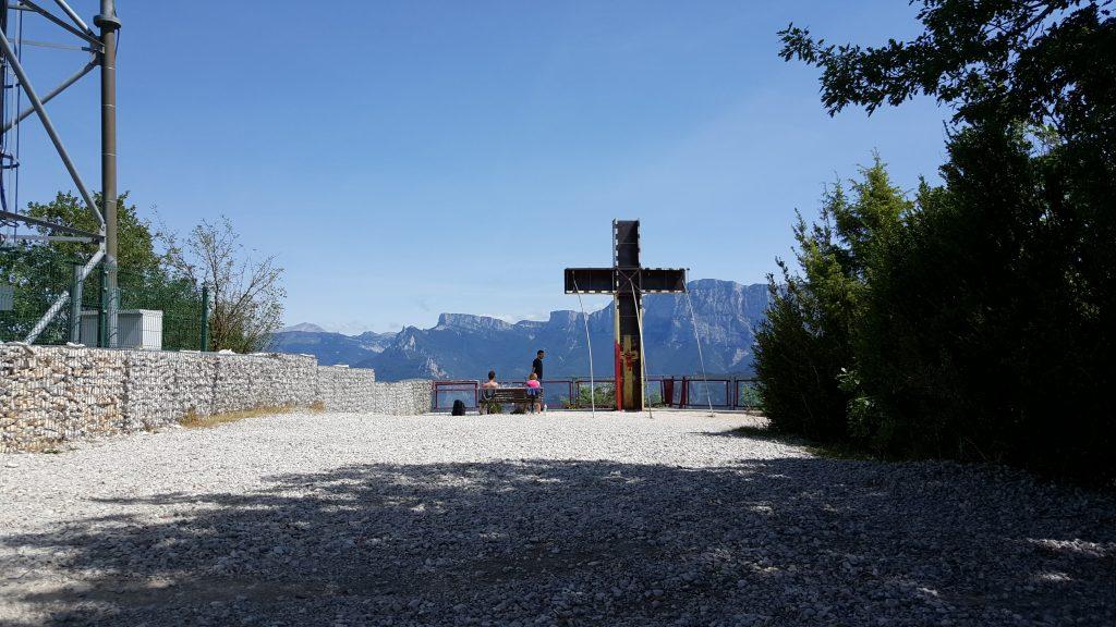 Ascension de la Croix de Justin et vue sur le Vercors by ni bu ni connu